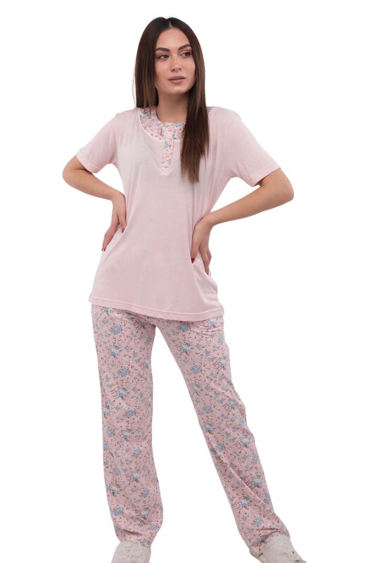 BERRAK - Berrak Yakası Desenli ve Düğmeli Boru Paçalı Pijama Takımı 456   Std