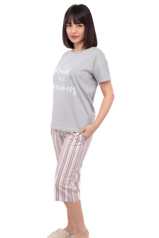 ARCAN - Arcan Yazı Desenli Kısa Kol Kadın Kapri pijama Takımı | Gri